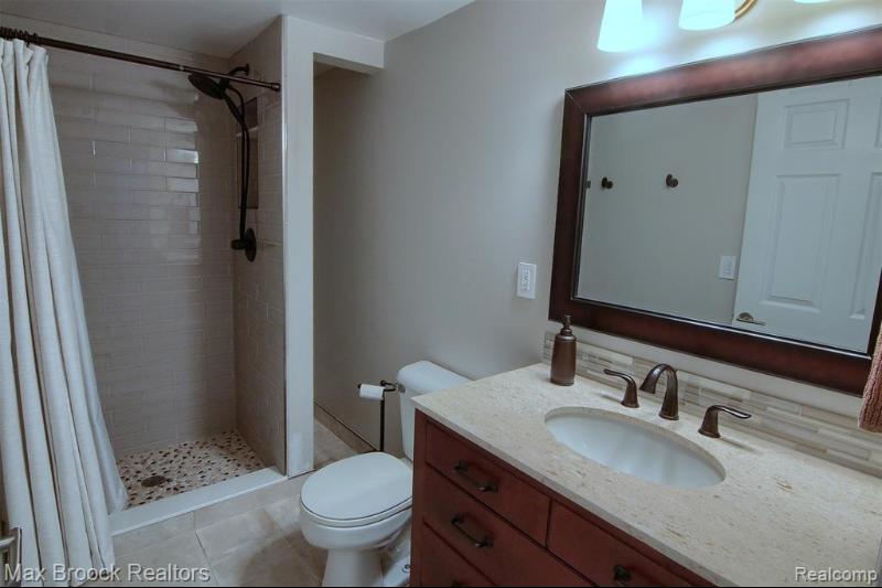 Listing Photo for 1699 Hanley Crt
