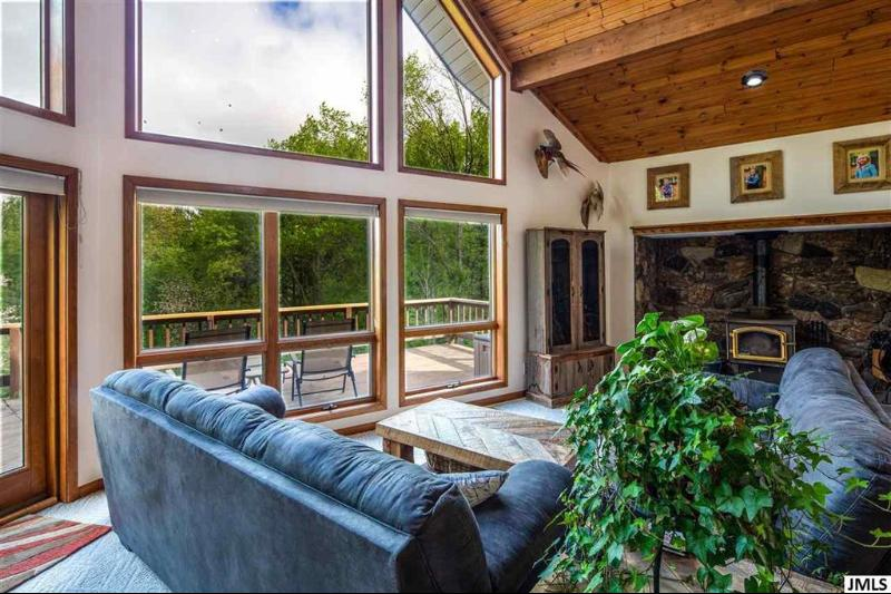 Listing Photo for 6371 Round Lake Rd