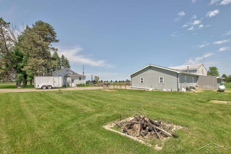 Listing Photo for 1250 E Townline 14 Road