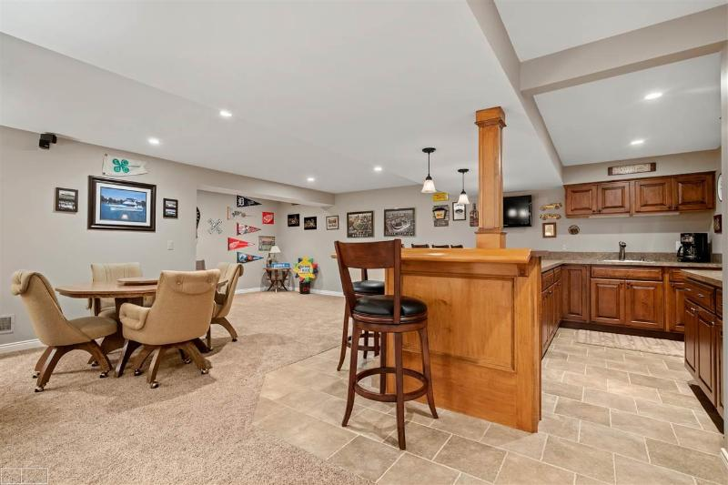 Listing Photo for 36550 Maple Leaf