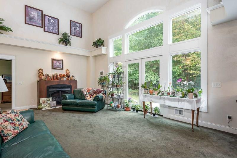 Listing Photo for 203 W River Rd.