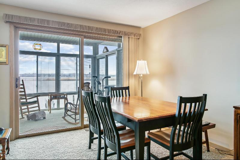 Listing Photo for 221 Riverfront Drive 8