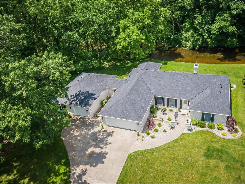 Listing Photo for 70294 Sunrise Drive