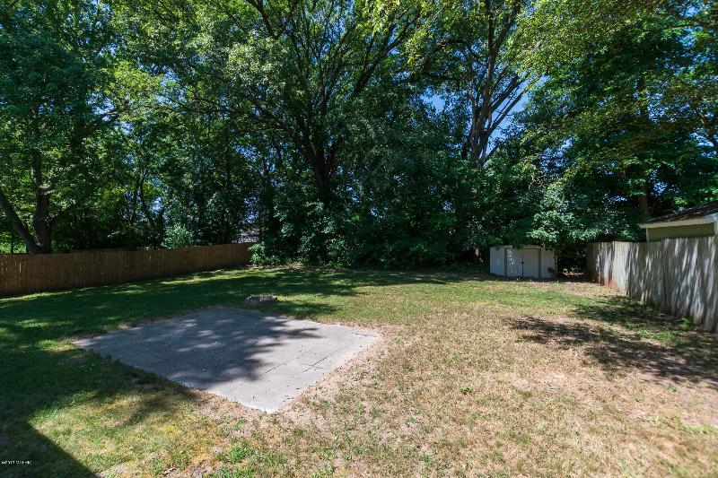 Listing Photo for 7816 Kingston Drive