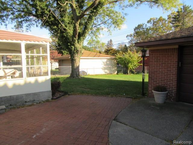 Listing Photo for 30139 Bentley St