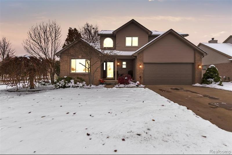 Listing Photo for 23721 Leighwood Dr