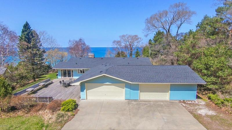 Listing Photo for 1860 Surfside Drive