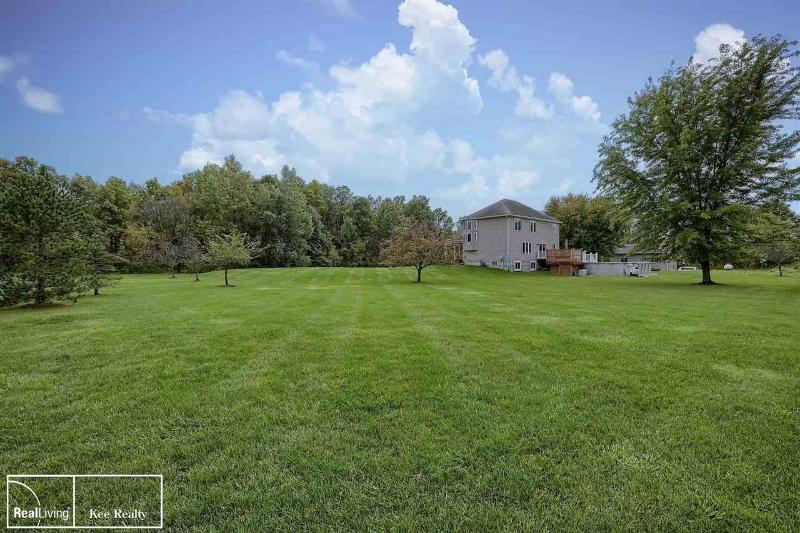 Listing Photo for 8765 Hough
