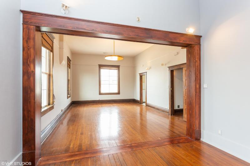 Listing Photo for 6 E Linden Street