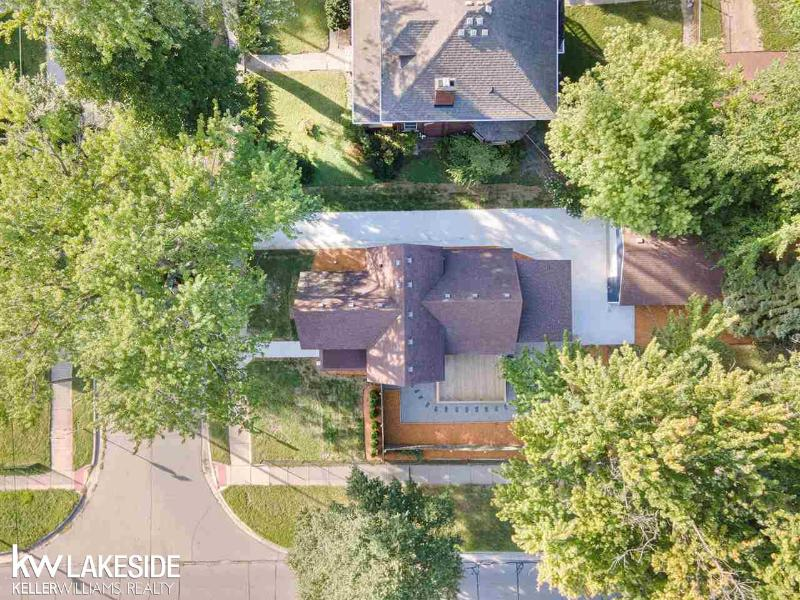 Listing Photo for 136 Clinton St